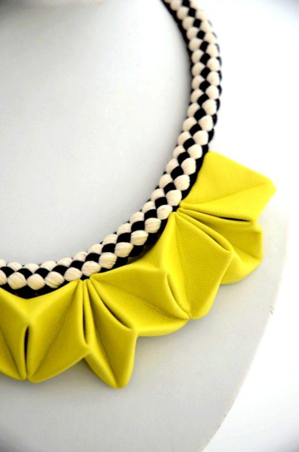 collier origami jaune soleil (4)