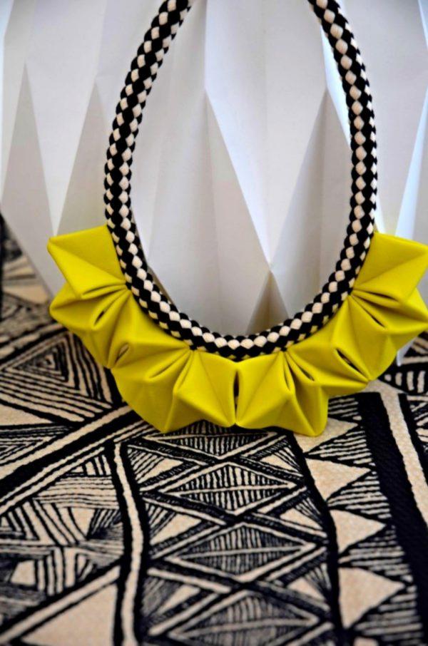 collier origami jaune soleil (6)